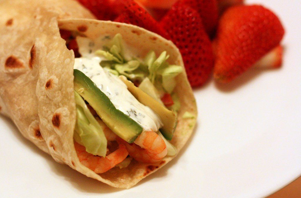 Shrimp Taco Wraps with Cilantro Sour Cream